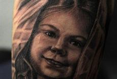 портрет дочери тату